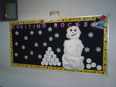 board bulletin snowflake classroom
